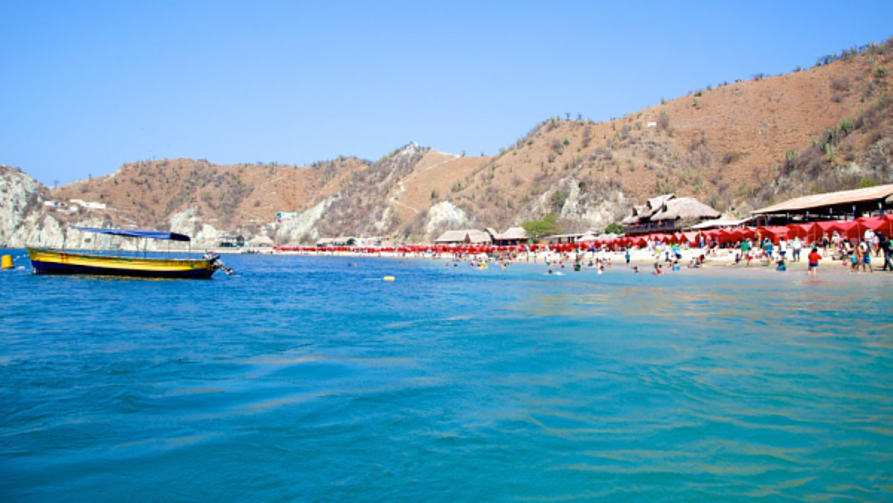 playa blanca, santa marta, historical center, hotels with swimming pool,